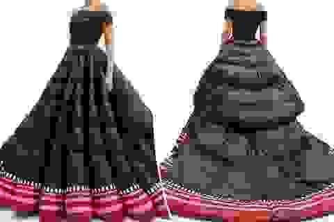 Váy phao to như... chăn bông có giá gần 510 triệu đồng