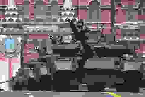 """Dàn khí tài quân sự """"khủng"""" Nga sắp đưa vào biên chế"""