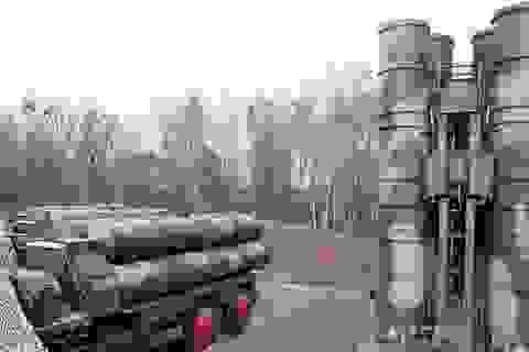 """Mỹ cảnh báo Thổ Nhĩ Kỳ chịu hậu quả nếu vận hành """"Rồng lửa"""" S-400 Nga"""