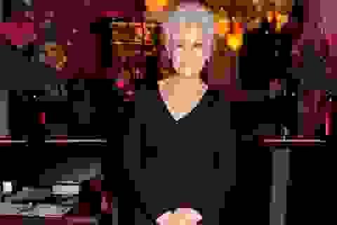 Nữ diễn viên gạo cội cho rằng nghề diễn khiến bà bị... ung thư