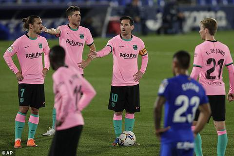 Barcelona gục ngã đau đớn trên sân của Getafe