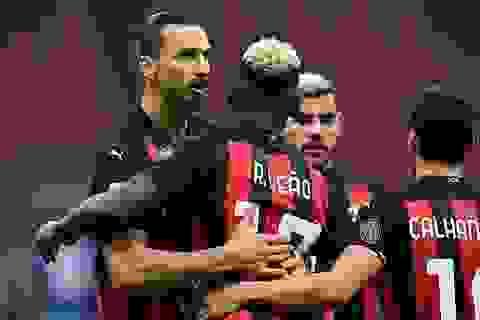 Ibra giúp AC Milan hạ gục Inter, Juventus gây thất vọng ngày vắng C.Ronaldo