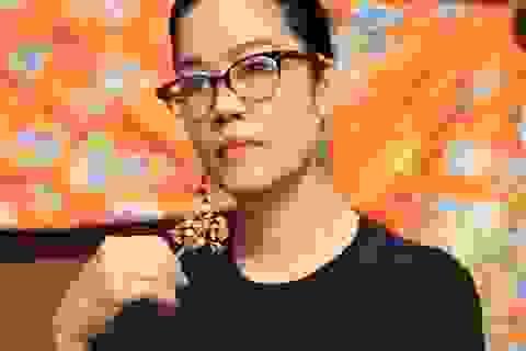 Thu Phương hát về Hoàng hậu Nam Phương