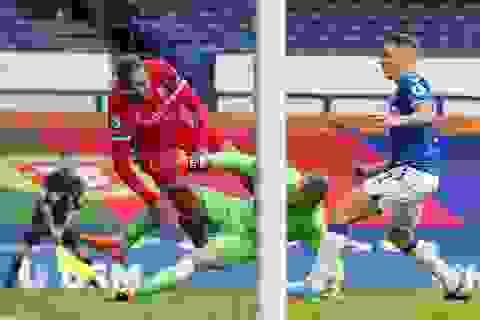 Khiến Van Dijk nghỉ hết mùa giải, thủ môn Pickford vẫn thoát án phạt nguội