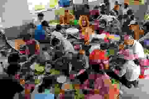 Gói 10.000 chiếc bánh chưng, bánh tét hỗ trợ đồng bào miền Trung