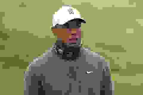 """Khó tin với cú đánh """"hole in one"""" của golfer người Đức"""