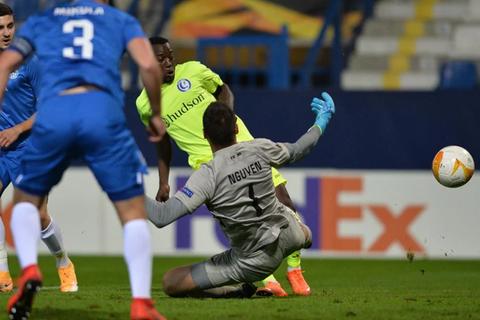 Báo CH Czech khen ngợi đặc biệt Filip Nguyễn khi tỏa sáng ở Europa League