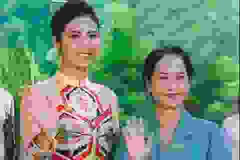 """NSND Lan Hương, HH Ngọc Hân ngồi """"ghế nóng"""" Miss Tourism Vietnam 2020"""