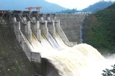 Bộ Công Thương báo cáo nhanh tình hình thủy điện trước cơn bão số 8