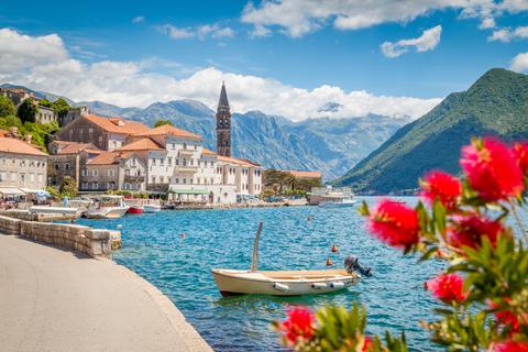 """Hộ chiếu Montenegro - """"Thỏi nam châm"""" hút nhà đầu tư Hồng Kông, Trung Quốc"""
