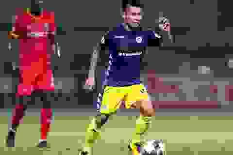 Lập công ở phút 90, Quang Hải đưa CLB Hà Nội lên ngôi đầu V-League