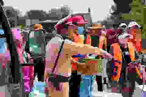 Hàng trăm đoàn thiện nguyện đổ về Quảng Bình thu hút quan tâm của dư luận