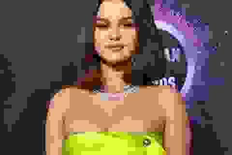 Selena Gomez tiết lộ hình mẫu bạn trai mong muốn