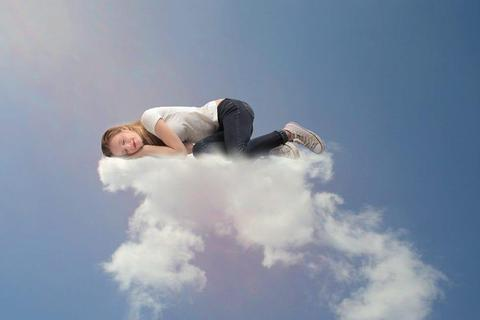 Giấc mơ phức tạp hay không tùy thuộc vào giai đoạn ngủ mỗi người