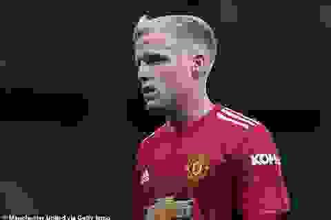 Huyền thoại Van Basten khẳng định Van de Beek sẽ hối hận vì chọn Man Utd