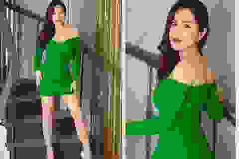 Hoa hậu Phương Lê đọ dáng gợi cảm bên Lê Âu Ngân Anh