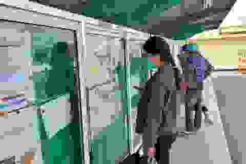 Hà Nội: Gần cuối năm công nhân vẫn mỏi mòn tìm việc