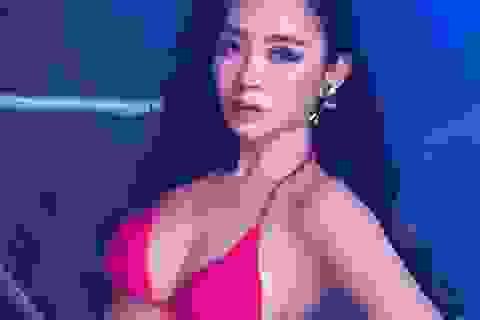 """3 người đẹp cao dưới 1,7m hiếm hoi mặc bikini """"bỏng mắt"""" lọt chung kết Hoa hậu Việt Nam là ai?"""
