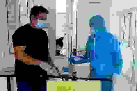 Tiếp tục truy vết người tiếp xúc với chuyên gia Hàn Quốc nghi mắc Covid-19