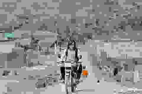 """Bỏ dở đại học, 9X """"dành cả thanh xuân"""" thực hiện hành trình xuyên Việt"""