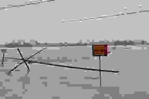 Nước sông Lam dâng cao đêm nay nguy cơ nhấn chìm hàng ngàn hộ dân ngoài đê