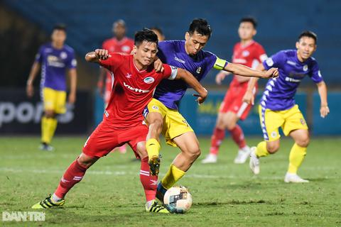 CLB Viettel 0-0 CLB Hà Nội: Kẻ vững ngôi đầu, người tụt thứ hạng