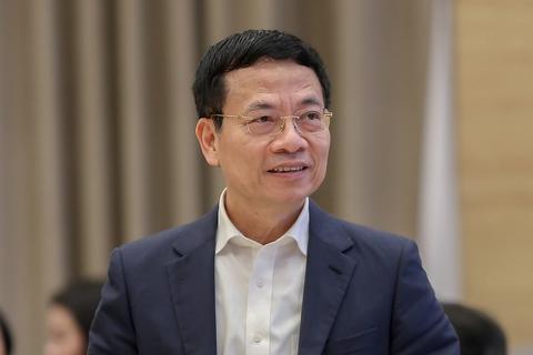 """Bộ trưởng Nguyễn Mạnh Hùng: """"Mỗi người cần phải biết ba ngôn ngữ"""""""