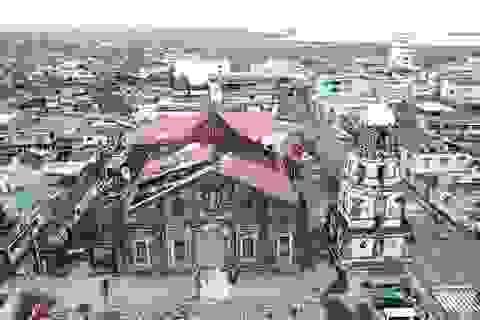 Siêu bão Goni thổi bay nóc nhà thờ ở Philippines