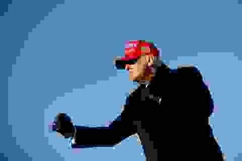 """Ông Trump có thể """"đảo ngược"""" thăm dò dư luận vào phút chót"""