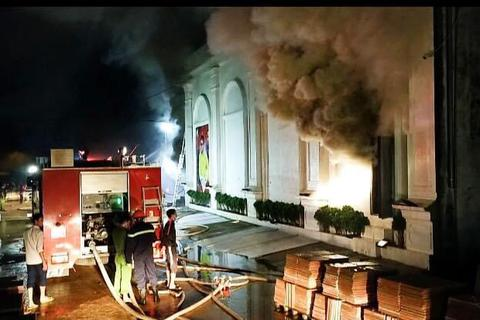 Vụ cháy quán bar 3 thiếu nữ tử vong: Bữa tiệc kỷ niệm 1 năm quán mở cửa