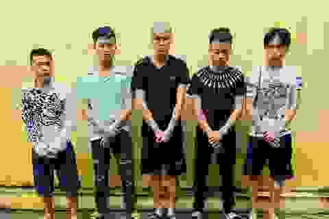 5 đối tượng manh động cướp xe máy trên đường Hồ Chí Minh