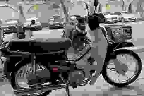 Dân chơi xe máy cổ Hà Nội chi 200 triệu đồng sắm Dream Thái 21 năm tuổi