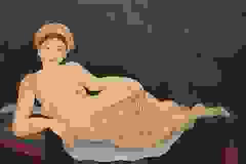 8 hoạ sĩ lớn tuổi gây bất ngờ với triển tranh nude