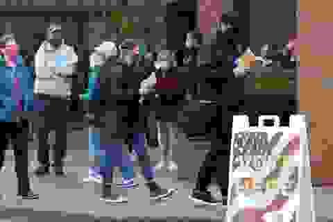 Người gốc Việt tại Mỹ hồi hộp chờ kết quả bầu cử tổng thống