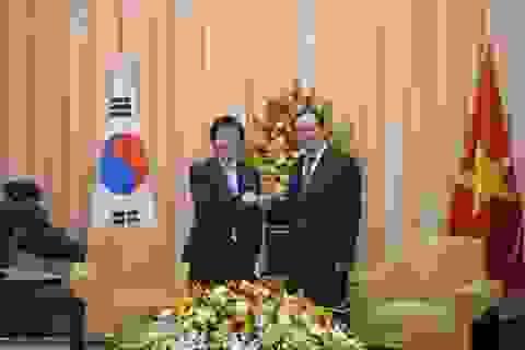 Bí thư Thành ủy TPHCM tiếp Chủ tịch Quốc hội Hàn Quốc