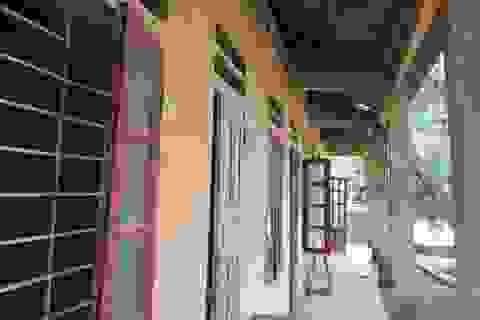 Hơn 160 học sinh đi học nhờ vì thủy điện chưa bồi thường xây trường mới