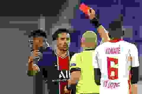 PSG bị đuổi hai người, thua ngược trước RB Leipzig