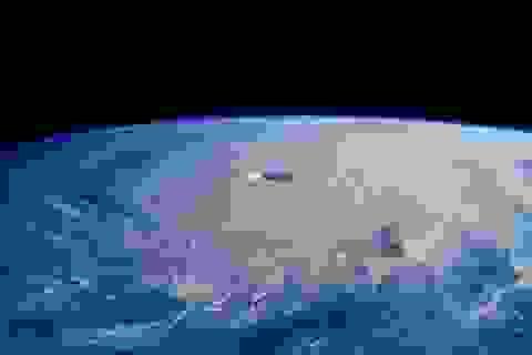 Bạn có biết: Bom thời tiết là gì và sức công phá của nó như thế nào?