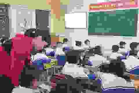Sách giáo khoa lớp 1: Cần thêm ca dao, tục ngữ Việt Nam
