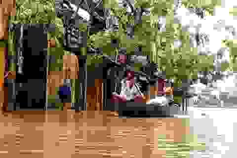 Phố cổ Hội An ngập lụt lần thứ 5 trong vòng 1 tháng