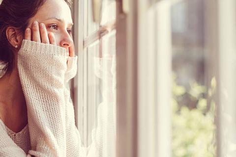 Đối tác ngoại tình, sao lại đổ lỗi cho bản thân?