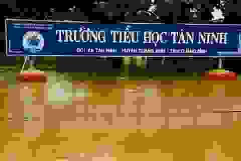Quảng Bình: Ngành Giáo dục cắt giảm các hội nghị để hỗ trợ khắc phục lũ lụt