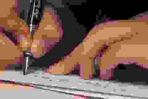 Báo động khả năng viết của nhiều học trò là.... chép lại văn mẫu!