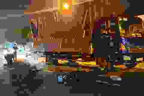 Xe máy tông đuôi xe tải, thiếu nữ 14 tuổi tử vong thương tâm