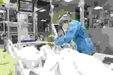 """Chuyện của những """"y tá nghiệp dư"""" nơi bệnh viện"""