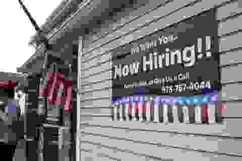 Dịch bệnh, mất việc làm, nhiều lao động phổ thông Mỹ phải xin ăn