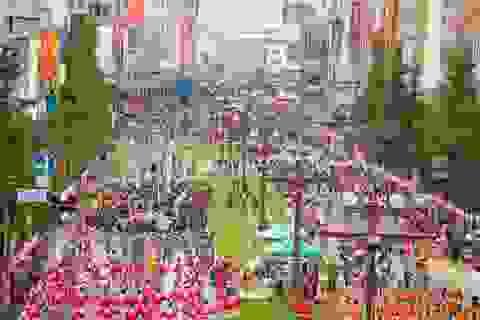 Màn biểu diễn dọc phố của 20.000 vũ công tại Nam Kyushu