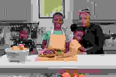 """""""Ngôi sao đầu bếp"""" 12 tuổi khởi nghiệp từ những lần tự nấu nướng vì mẹ ốm"""