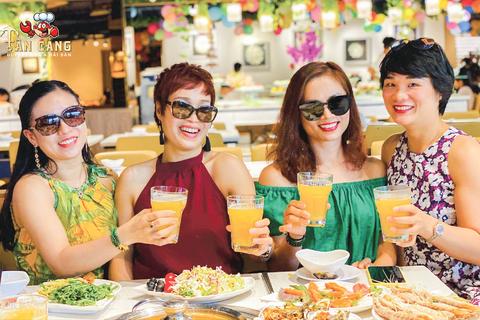 Tân Cảng Buffet - Buffet Cua & Hải sản số 1 Hà Nội