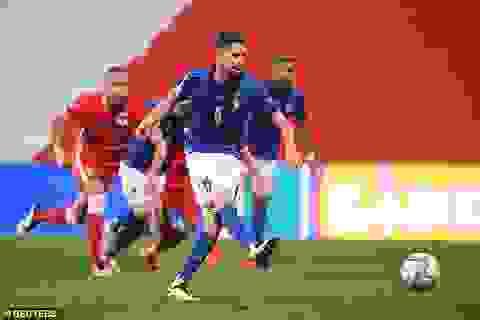 Italia và Hà Lan cùng chiến thắng, tạo nên thế căng như dây đàn